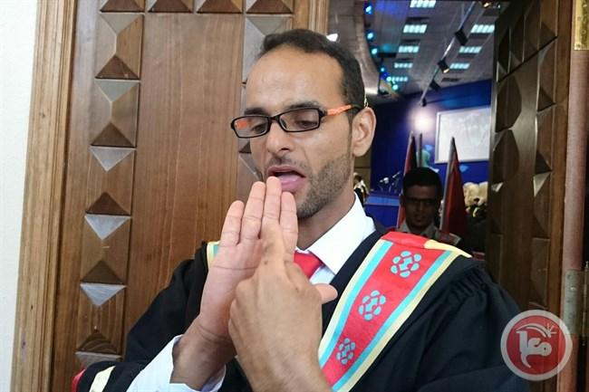 محمود أبو ناموس يبدع رغم الإعاقة